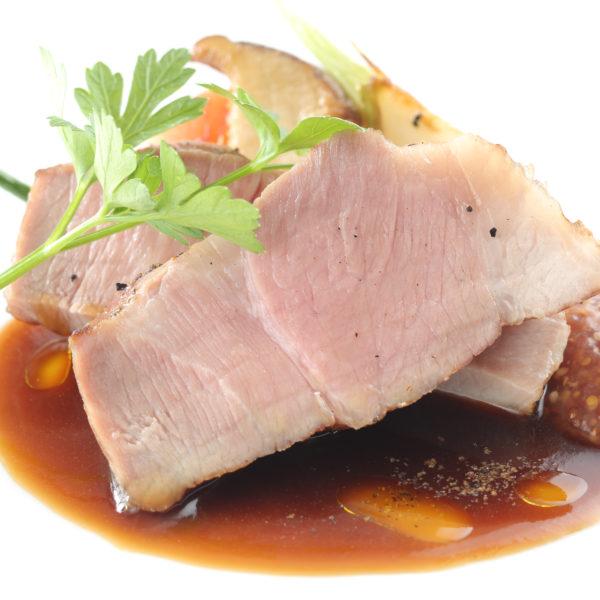 もみじ豚のアロースト サルサチネーゼ