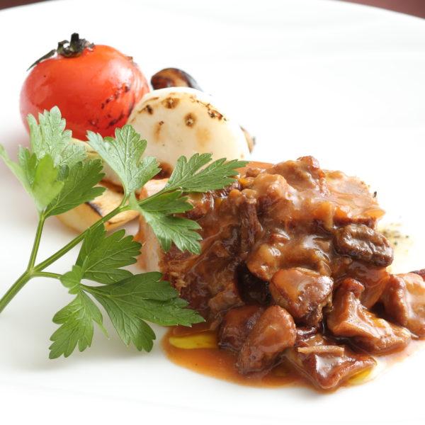 和牛すね肉のポルチーニ煮込みミラノ仕立て